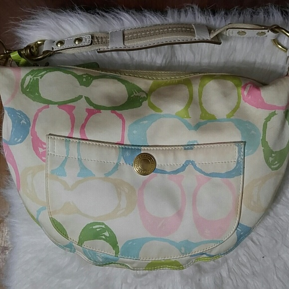 Coach Handbags - Coach Hampton Pastel Scribble Hobo Shoulder Bag